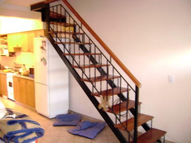 Escaleras de metal escaleras caracol escaleras de hierro - Escalera hierro y madera ...