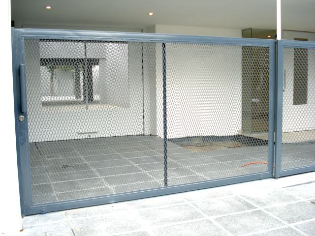 Rejas para ventanas rejas para balcones frentes de rejas - Proteccion para casas ...